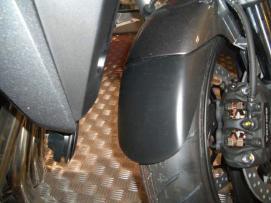 chlapak błotnika Honda CB1000R